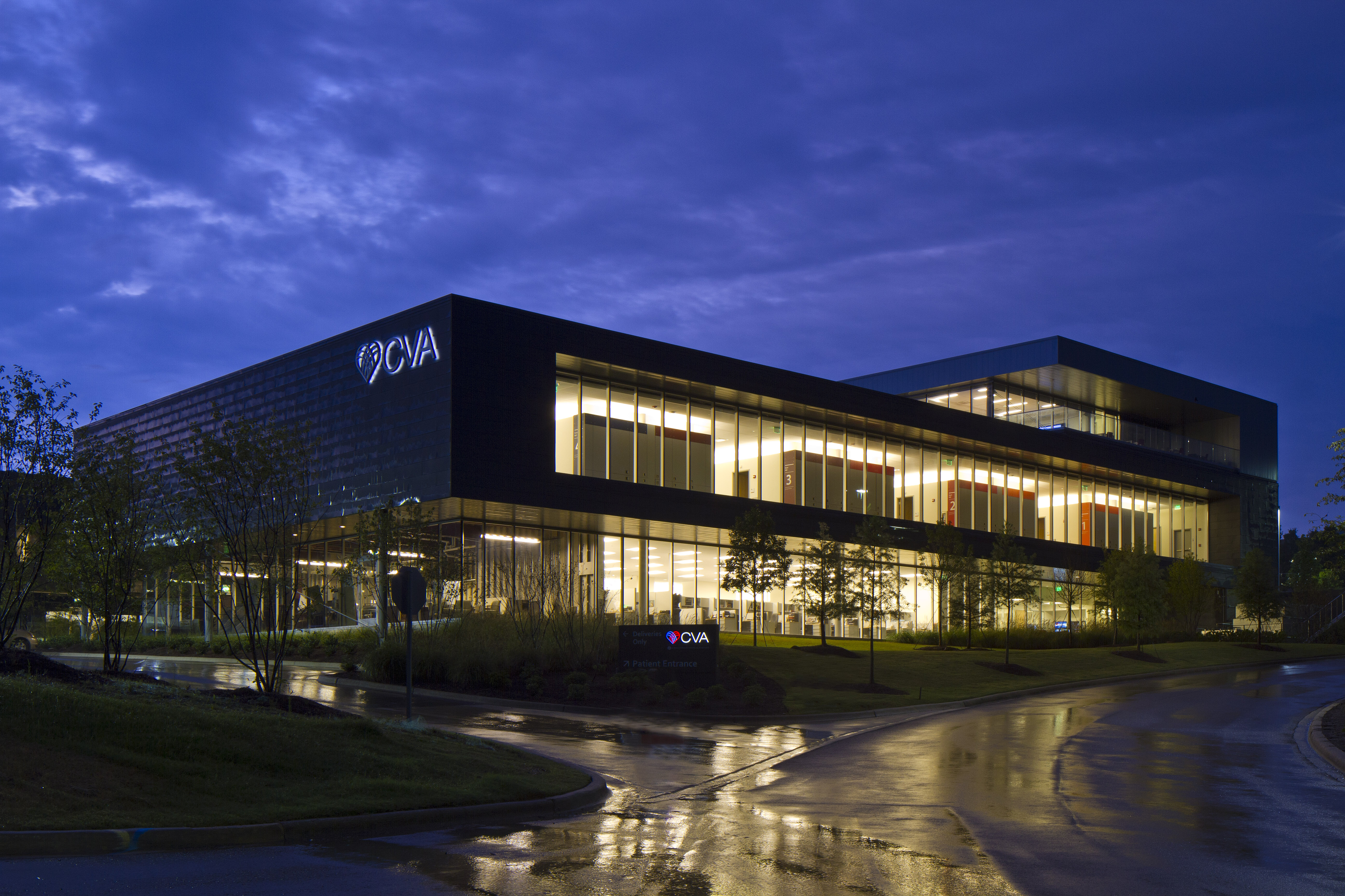 exterior of cardiovascular associates center building