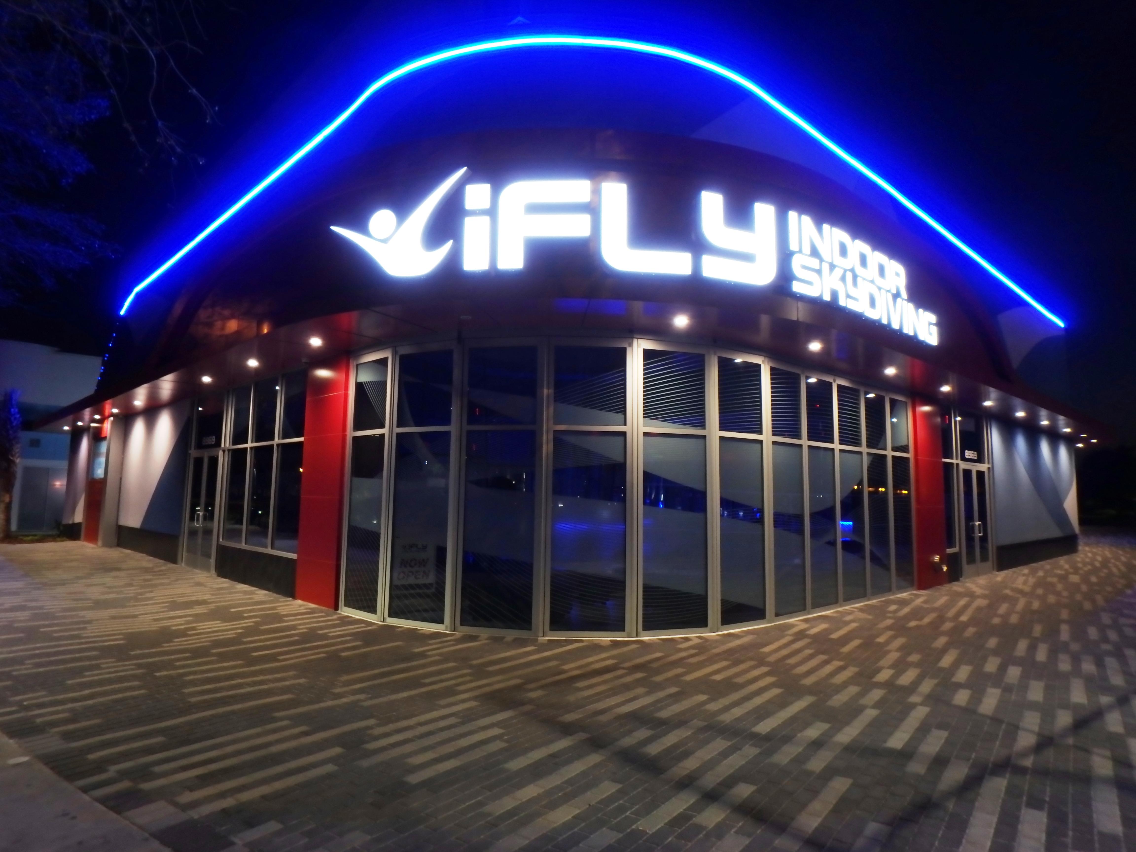 iFly Orlando Indoor Skydiving Interior photo